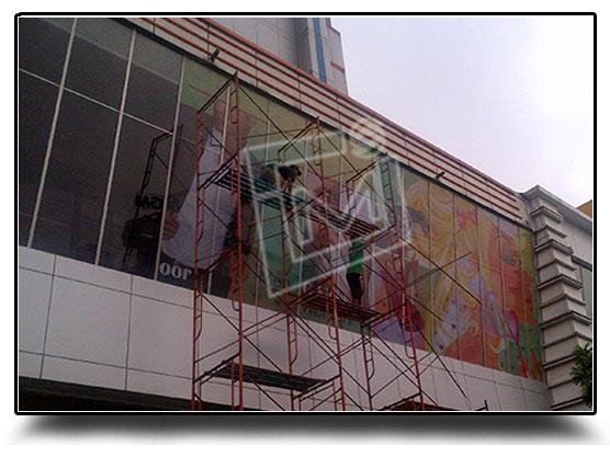 Building Wrap Mall Sarinah